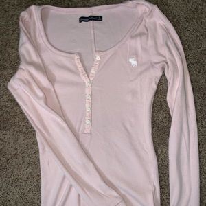 abercomie and fitch powder pink henley top